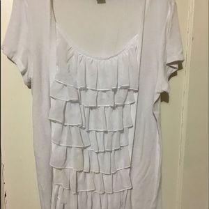 Plus-Size White ruffled blouse